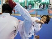 Karatekas vietnamitas competirán en torneo en París