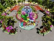 Celebran en Vietnam festival de flores sobre maravillas del mundo