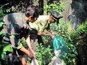 Vietnamitas con alta conciencia en la preservación de animales raros