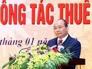 Insta premier vietnamita a mejorar políticas sobre aranceles