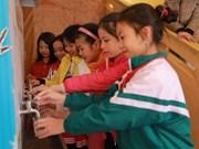Samsung construye inodoros estándares para escuelas vietnamitas