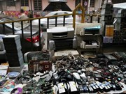 Singapur prevé leyes para solucionar problema de basura electrónica