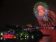 Vietnamitas dan bienvenida al Año Nuevo Lunar 2018