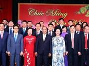 Premier vietnamita dialoga con órganos partidistas