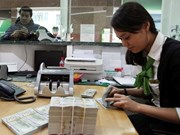 Premier vietnamita insta a sector bancario a impulsar desarrollo económico nacional