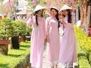 Celebran en Praga gala de poesía y música en honor a mujeres vietnamitas