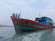 Provincia vietnamita acelera búsqueda de pesquero con siete marinos a bordo