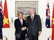Premier vietnamita dialoga con Gobernador General de Australia