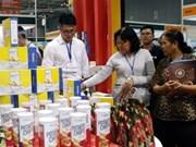 Exhibiciones sobre industrias del plástico y cauchera en Vietnam acaparan atención de comunidad empresarial