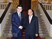 Premier de Vietnam aboga por fortalecer lazos comerciales con Hong Kong
