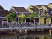 Premier exhorta a Hoi An a convertirse en ciudad líder en turismo