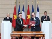 Dirigentes de Vietnam y Francia reiteran voluntad de fortalecer relaciones