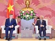 Piden a grupos parlamentarios de amistad reforzar nexos Vietnam-Rumania