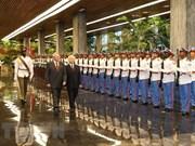 Recibió presidente cubano Raúl Castro al secretario general del Partido Comunista de Vietnam
