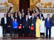 Vietnam reafirma bienvenida a inversiones singapurenses
