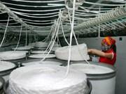 Vietnam e India buscan impulsar cooperación en sector de confecciones textiles