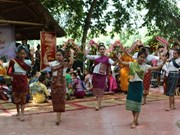 Comunidad laosiana en Hanoi celebra fiesta tradicional