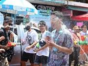 Tailandia celebra el Songkran, fiesta budista más importante de su cultura