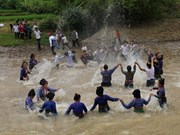 Vietnam: Grupo étnico de Laos celebra festival de salpicaduras de agua