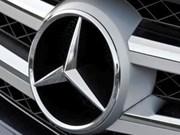 Mercedes-Benz Vietnam llama a revisión de casi siete mil autos de lujo