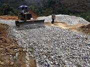 Vicepremier vietnamita insta a acelerar proyectos con uso de préstamos extranjeros