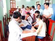 Ofrecerán exámenes médicos gratuitos a trabajadores en zonas industriales vietnamitas