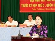 Presidenta parlamentaria se reúne con votantes en ciudad sureña de Can Tho