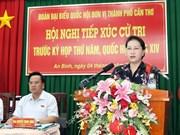 Presidenta parlamentaria de Vietnam dialoga con electorado en ciudad de Can Tho