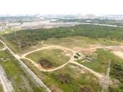Hanoi propone impulsar subasta de derechos de uso de tierra