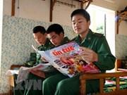 Presidente de Vietnam resalta función del periódico Tin Tuc de VNA en el desarrollo nacional