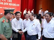 Premier vietnamita dialoga con votantes de ciudad de Hai Phong