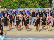 Mil 600 atletas participan en competencia de triatlón en Da Nang