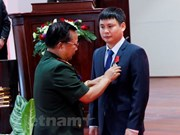 Laos entrega Orden de Trabajo a empresa mixta con Vietnam