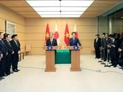 Japón continuará apoyo al crecimiento sostenible de Vietnam