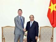Premier de Vietnam propone impulso de cooperación con Reino Unido en sector de educación
