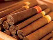 Vietnam refuerza lucha contra contrabando, transporte y comercio ilegal de cigarros