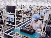 Vietnam atrae 323 mil millones de dólares de inversión extranjera