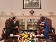 Zimbabwe y Vietnam promoverán lazos en comercio, inversión y educación