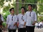Bachilleres de Vietnam dispuestos para exámenes nacionales