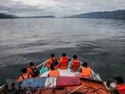 Indonesia localiza barco naufragado en lago Toba