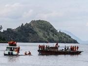Descubren cadáveres y motocicletas en ferry hundido en Indonesia