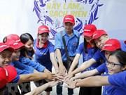 Lanzan campaña de limpieza del mar en Vietnam