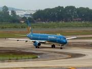Cancelan vuelos a región central de Vietnam por afectaciones de tormenta Son Tinh