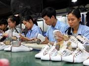 Empresas italianas buscan oportunidades en sector de cuero y calzado en Vietnam