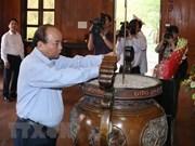 Premier vietnamita rinde homenaje al presidente Ho Chi Minh