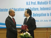 Vietnam robustece cooperación con ASEAN en la educación