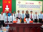 Organizaciones de masas de Vietnam y Laos coordinan divulgación sobre protección de frontera común