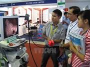 Más de 90 por ciento de equipos médicos en Vietnam son importados