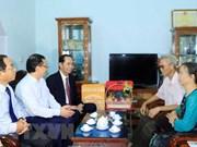 Presidente de Vietnam recuerda a los mártires en su visita a provincia de Hung Yen