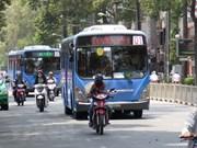Hanoi pondrá en operación a partir de mañana autobuses con combustible limpio
